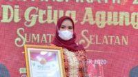 'Duta Iva dan Forum Sedekah Beras (FSB)', Anugerahi dr Sri Fitriyanti Askolani Terbaik II Wanita Inspiratif Tahun 2020