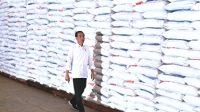 Jokowi Memastikan Bulog Bakal Menyerap Beras Dari Petani