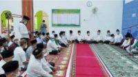 Tampak Suasana Dimana Saat berlangsung Nuzulul Qur'an 1442 H dilaksanakan bertepatan dengan Safari Ramadhan dan Taraweh Keliling Bupati dan Wakil Bupati Banyuasin berlangsung di Kelurahan Sukamoro Kecamatan Talang Kelapa, Kamis (29/4/2021).