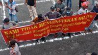 Tak Banyak Tuntutan Masa Aksi Datangi DPRD OKU, Hanya Pj Bupati AUPB Saja