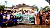 Pose Bersama Saat Timor Owne Palembang (TOP), menggelar buka bersama dan berbagi berkah di Rumah Tahfidz Rahmat Palembang, Ahad, (24/4/2021).