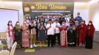 Pose Bersama dalam Suasana Saat Pengurus Daerah (Pengda) Ikatan Pejabat Pembuat Akta Tanah (IPPAT) Kota Palembang dan Pengurus Wilayah (Pengwil) IPPAT Provinsi Sumatera Selatan (Sumsel), menggelar acara berbuka puasa bersama, Minggu (2/5) di Hotel The Zuri (Transmart) di Jalan Radial, Palembang.