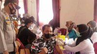 Laksanakan Presisi Polri, Polres Bersama PSHT Dan Bapera OKI Gelar Vaksinasi Massal