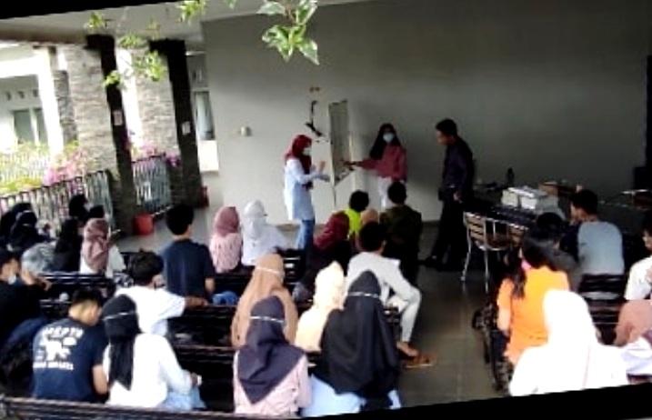class activities at GELC
