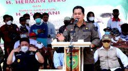 Bupati Askolani Saat Bersama Gubernur Sumsel Herman Deru Hadiri Panen Raya