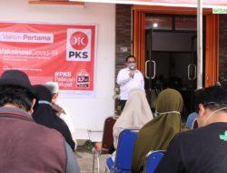 PKS Bersama Dinkes Palembang Vaksinasi 500 Orang Simpatisan dan Umum