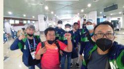 Penuh Semangat Para Atlit dan Pelatih Sempat Pose Di Keberangkatan Bandara SMB IV Selamat Berjuang Kawan Pertahankan Nama Baik Daerah Mu Ini