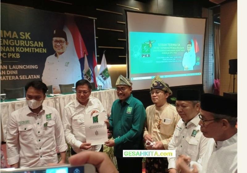 Pose Bersama Pada Acara Couching Clinic DPW PKB Sumsel