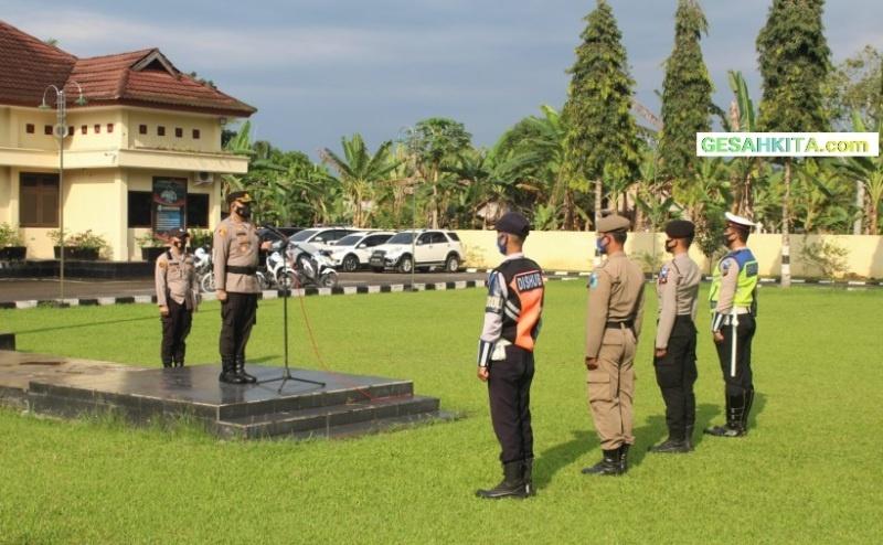 Suasana Apel Dipimpin Langsung Kapolres OKU Selatan AKBP Indra Arya Yudha, S.H, S.I.K., M.H