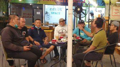 Suasana Bincang Bersama Didit di Guns Cafe