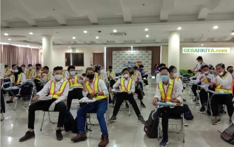 Suasana Pelatihan Kompetensi Konstruksi UBD