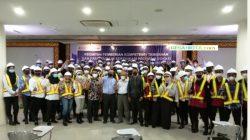 Suasana Pose Bersama Peserta Pelatihan Kompetensi Konstruksi UBD