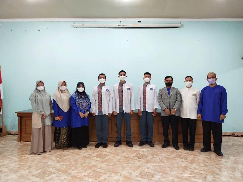 Pilketos SMA N 6 Palembang, Pose Bersama Kepsek SMA N Palembang Fir Azwar